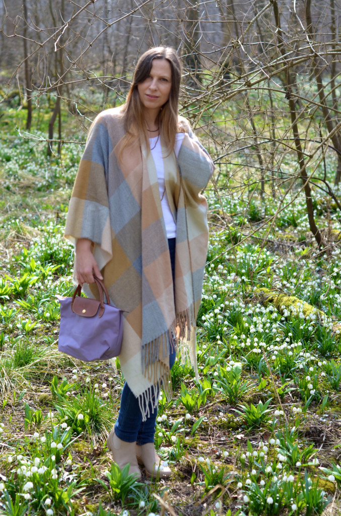 Chelsea Boots Deichmann, Beige Chelsea Boots, Poncho Review, Poncho Fashion ID
