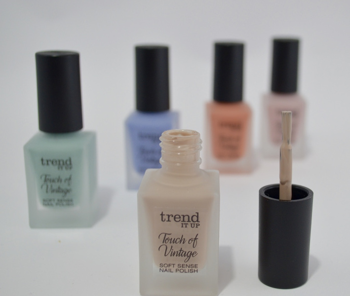Trend it up, TOUCH OF VINTAGE Soft Sense Nail Polish 030