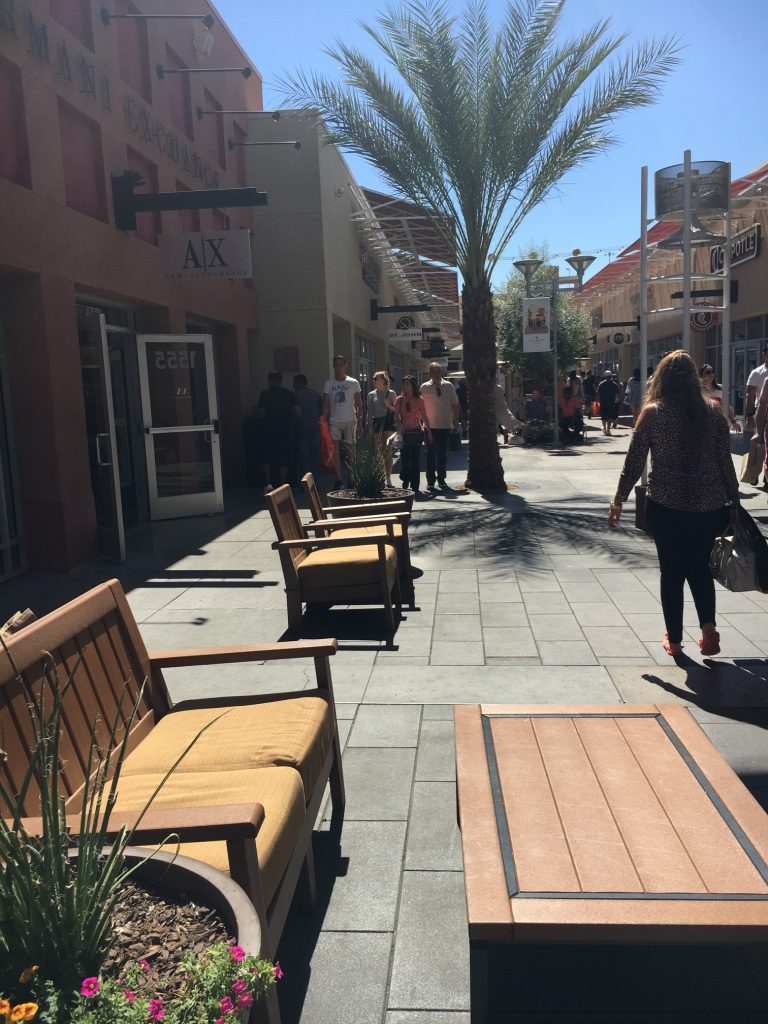 premium-las-vegas-outlet-store-north